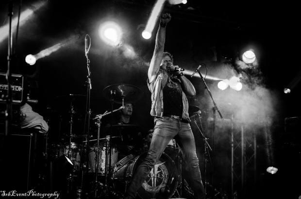 derek-davis-live-pic-1