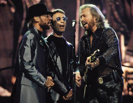 gty_bee_gees_perform_1999_ss_thg_120416_ssh