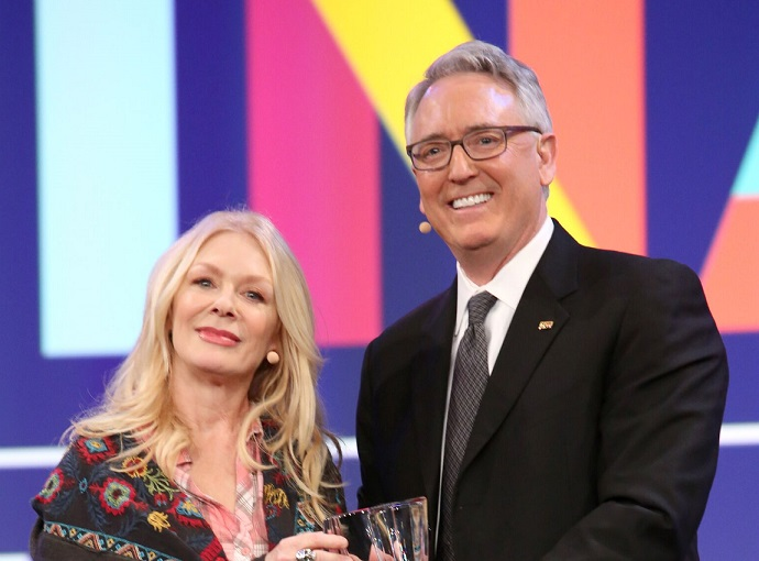 Nancy Wilson Honored with The Music for Life Award at The