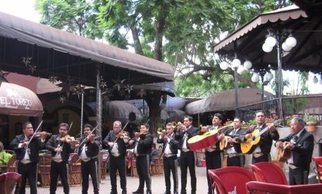 el parian outdoor mariachi